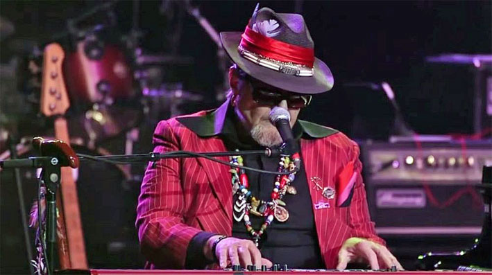 Dr. John - Don't Let The Sun Catch You Cryin