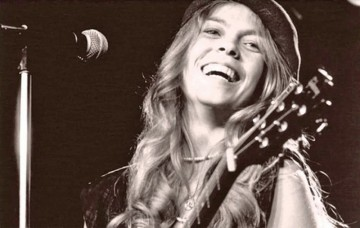 Rickie Lee Jones - Rainbow sleeves